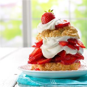 Grandma's Old-Fashioned Strawberry Shortcake – Livin' Life in ...